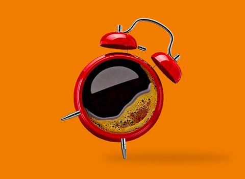 roter Wecker, orangener Hintergrund