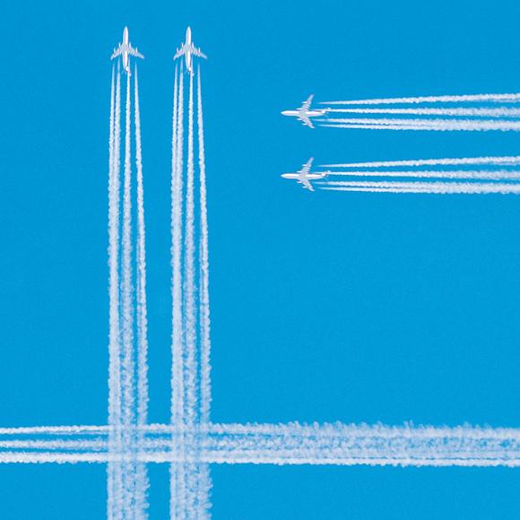 Flugzeuge am Himmel