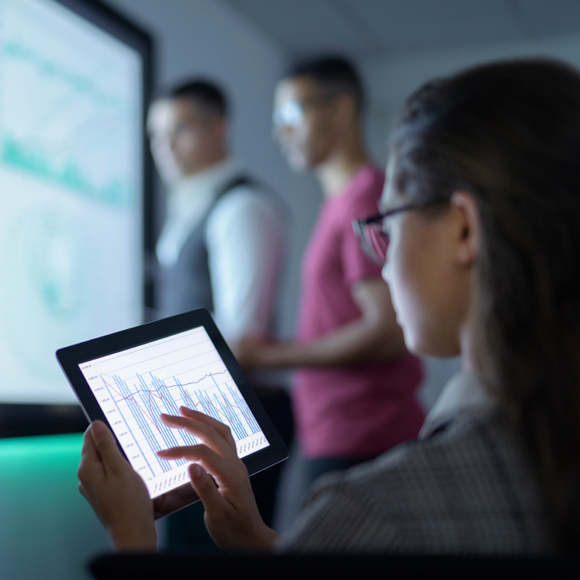 Data & Analytics via Tablet