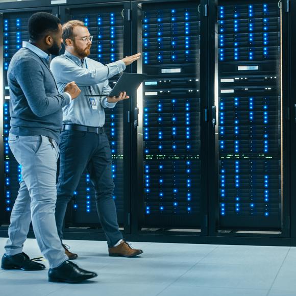 Data Management & Big Data 580x580
