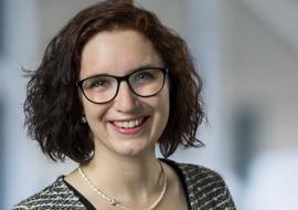 Dr. Lisa Badstieber