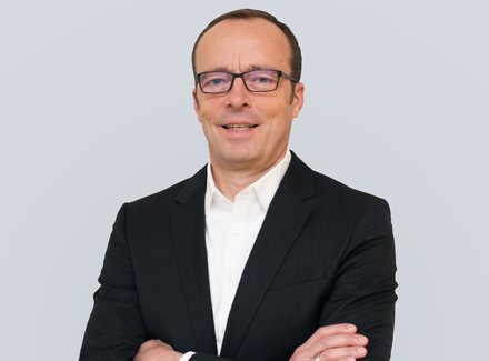 Dr. Hermann Hienz